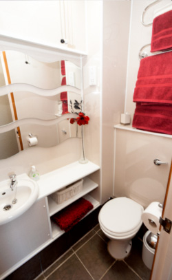 Our holiday cottage has a comfortable and beautifully decorated modern bathroom.